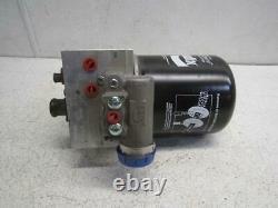 Bendix K049086 Air Brake Dryer withDrain Valve